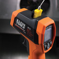 Klein Tools IR10 20:1 Cordless Dual-Laser Infrared Thermometer Kit image number 7