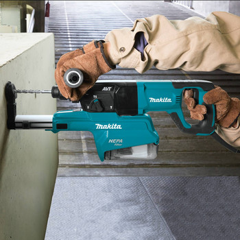Makita HR2661 7 Amp 1 in. D-Handle Rotary Hammer with HEPA Extractor image number 7