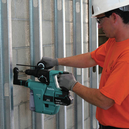 Makita XRH011TX 18V LXT Cordless Lithium-Ion 1 in. Rotary Hammer Kit image number 9