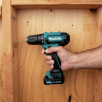 Makita FD09R1 12V max CXT Lithium-Ion Brushless 3/8 in. Cordless Drill Driver Kit (2 Ah) image number 10