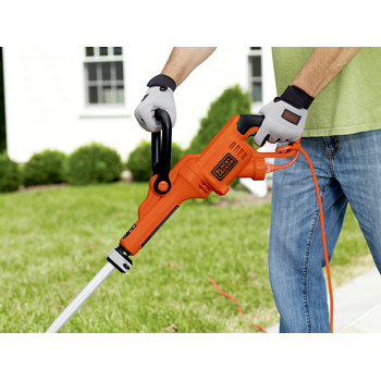 Factory Reconditioned Black & Decker GH3000R 7.5 Amp 14 in. Curved Shaft Electric String Trimmer / Edger image number 6