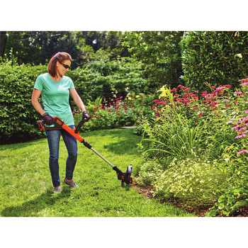 Factory Reconditioned Black & Decker LSTE525R 20V MAX 1.5 Ah Cordless Lithium-Ion EASYFEED 2-Speed 12 in. String Trimmer/Edger Kit image number 7