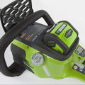 Greenworks 20312 40V G-MAX Lithium-Ion DigiPro Brushless 16 in. Chainsaw Kit image number 5