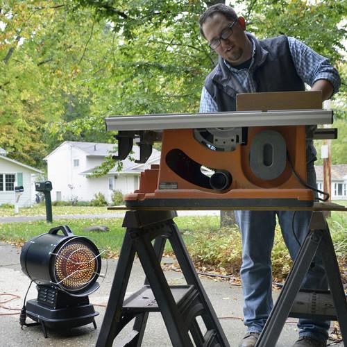 70,000 BTU//hr. Portable Kerosene Heater F270265 Heater Mr Each Radiant