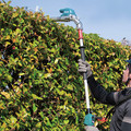 Makita XNU01T 18V LXT Articulating Brushless Lithium-Ion 20 in. Cordless Pole Hedge Trimmer Kit (5 Ah) image number 19