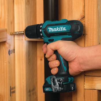 Makita FD05R1 12V max CXT Lithium-Ion 3/8 in. Cordless Drill Driver Kit (2 Ah) image number 3