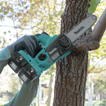 Makita XCU02PT1 18V X2 (36V) LXT Lithium-Ion Cordless 12 in. Chain Saw Kit with 4 Batteries (5.0Ah) image number 6