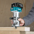Makita XTR01T7 18V LXT 5.0 Ah Cordless Lithium-Ion Brushless Compact Router Kit image number 5