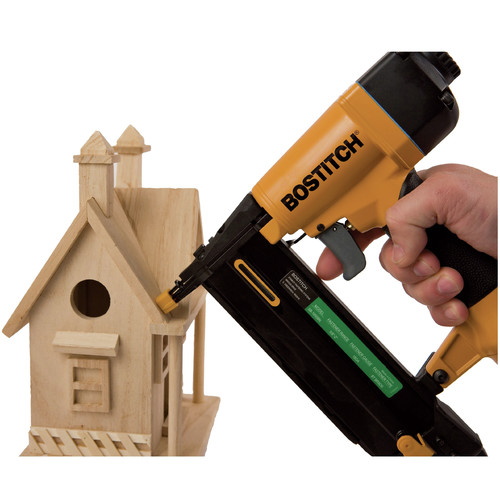 Factory Reconditioned Bostitch BTFP1KIT-R 18-Gauge Brad Nailer and Compressor Combo Kit image number 6