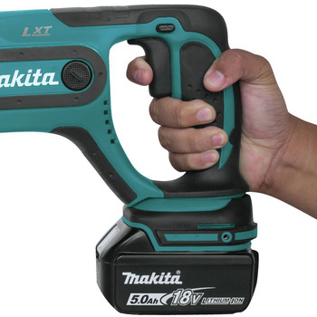 Makita XRH04T 18V LXT Cordless Lithium-Ion SDS-Plus 7/18 in. Rotary Hammer Kit image number 7