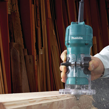 Makita 3709 4 Amp 1/4 in. Laminate Trimmer image number 1