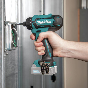 Makita FD10Z 12V max CXT Lithium-Ion Hex Brushless 1/4 in. Cordless Drill Driver (Tool Only) image number 9