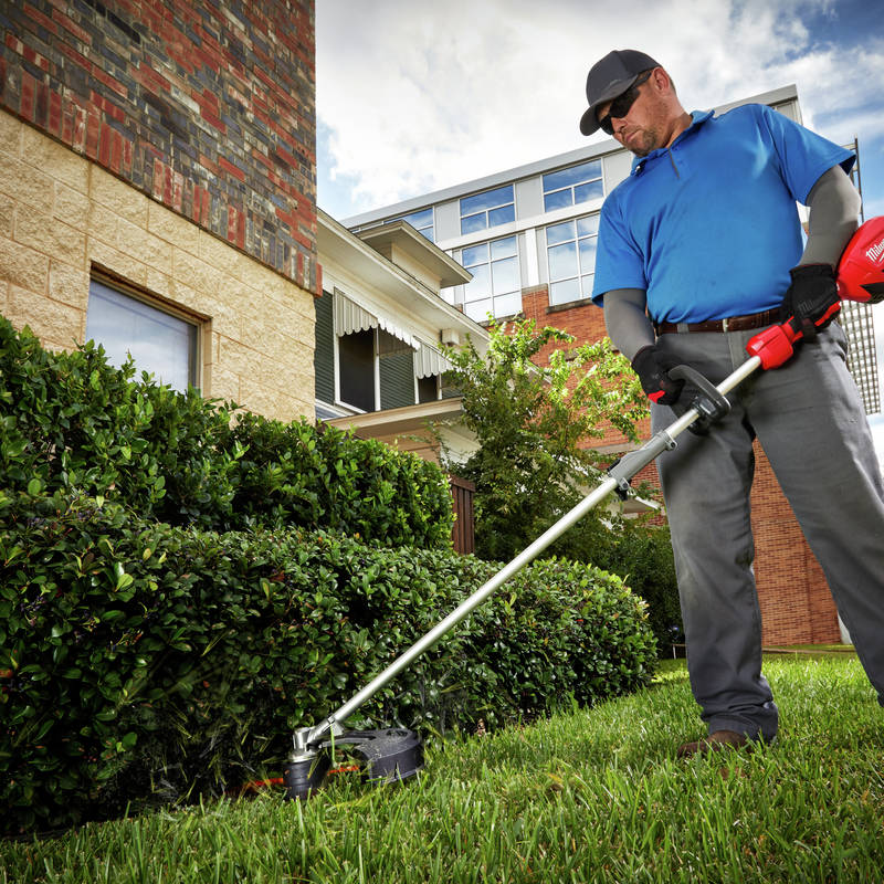 M18 FUEL String Trimmer with QUIK-LOK reaches full power in under 1 second